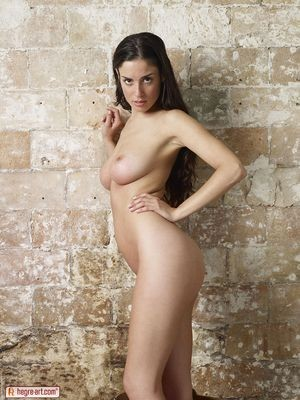 escort girl Valenton
