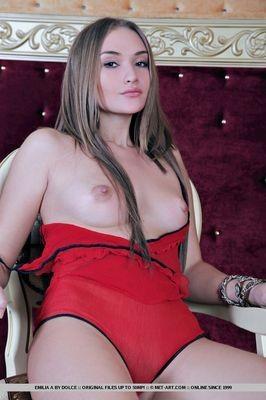 escort girl Arradon
