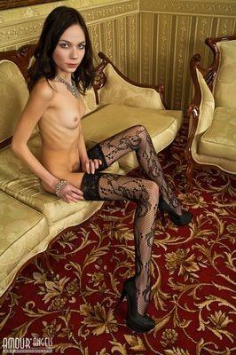 escort girl Sainte-Suzanne