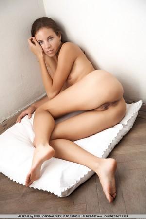escort girl Maria