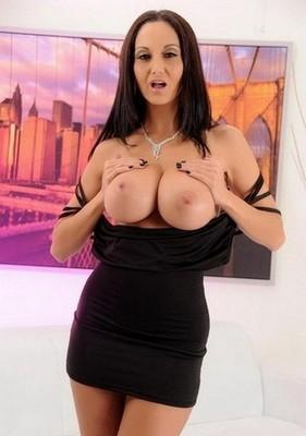 Aaliyah prostituée Fréjus